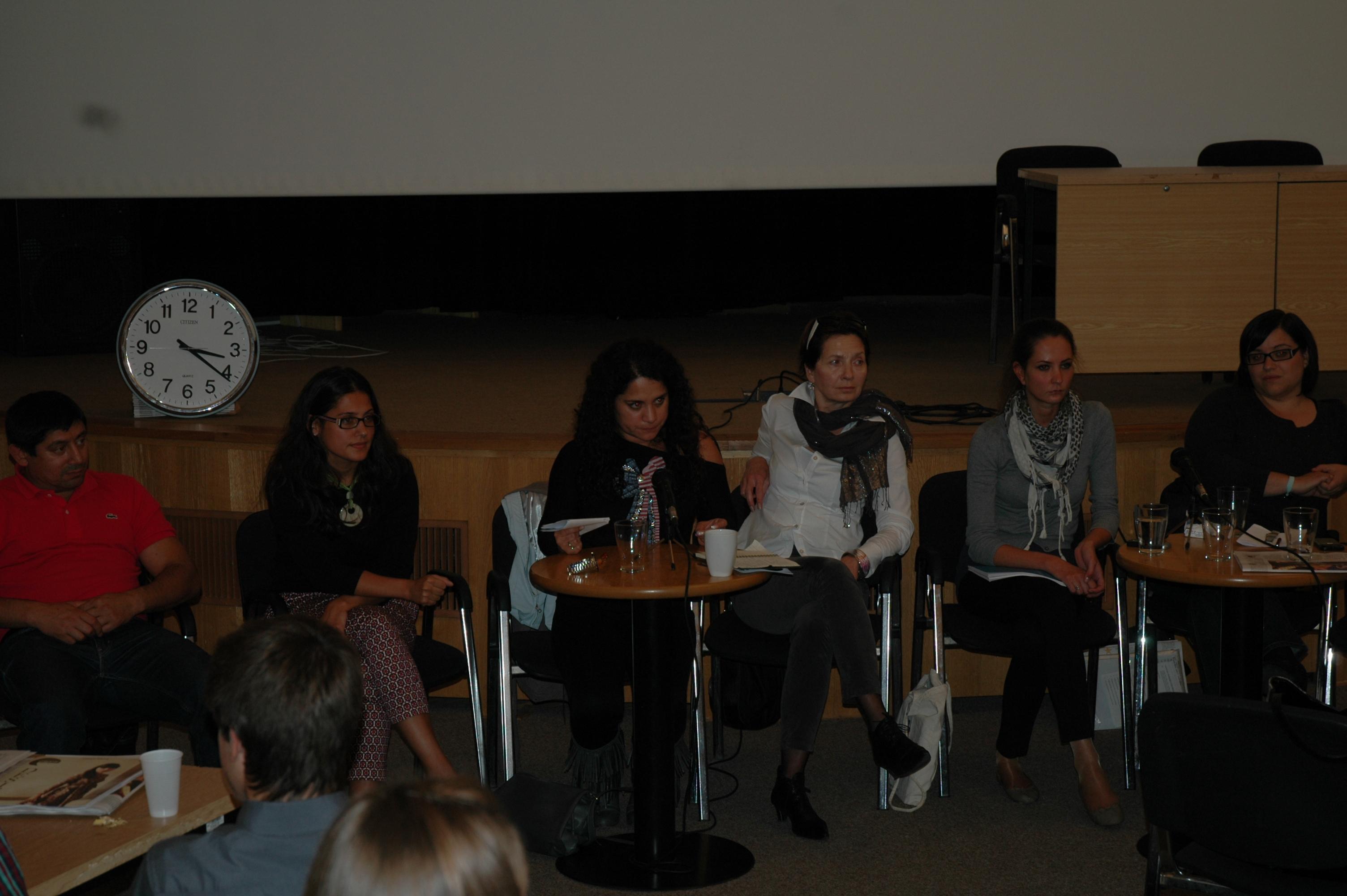 Zleva J. Balog, L. Gissyová, J. Balážová, M. Pastorová, A. Chudžíková a E. Hesová